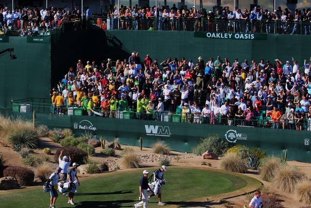 what golf course is the phoenix open played on