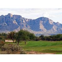 The Views Golf Club at Oro Valley sits some 15 miles north of Tucson, Arizona.